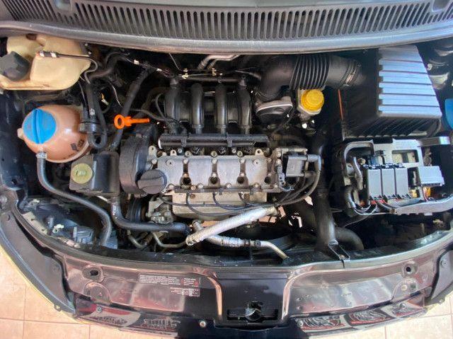Volkswagen SpaceFox 1.6 8V (Flex)  *Banco de Couro* Excelente Oportunidade!!!   - Foto 13