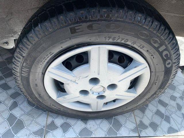 Classic 2008 com ar e direcao hidraulica , pneus novos 2020 vistoriado recibo aberto - Foto 3