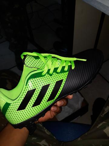 Sosaite Adidas