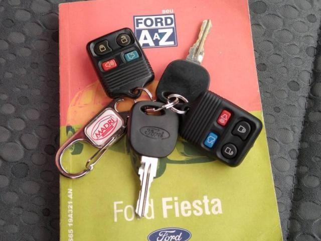 Fiesta 1.6 8V - Foto 10