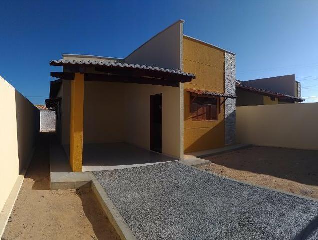 Linda casa no Flores do Campo II com 78m2. Documentação grátis. Apenas R$ 139.000,00