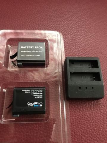Kit 2 Baterias + carregador DUPLO para câmera e filmadora GoPro Hero4