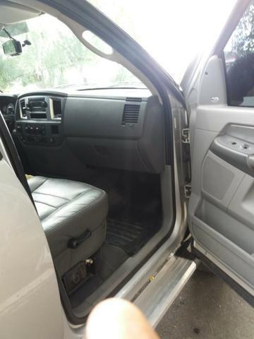 Dodge Ram 2500 prata - Foto 8