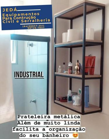 Banquinhos de METALON COM MADEIRA - Foto 4