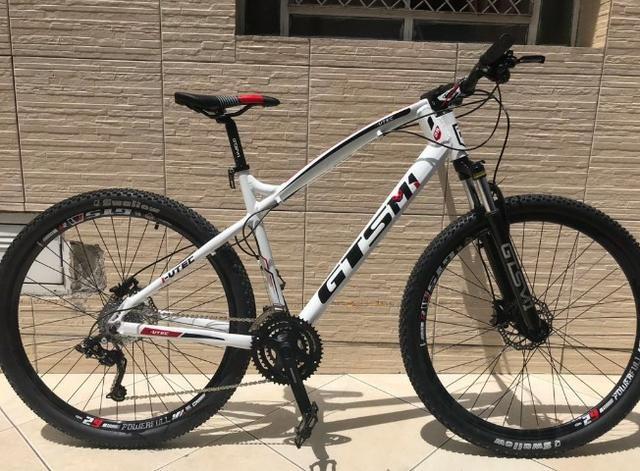9f7a0fc41 Bicicleta Gts aro 29 Freio a Disco Hidraúlico Câmbio Shimano Acera 27  Marchas e Amortecedo