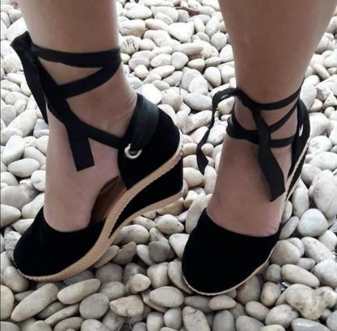 761fdff1e Sandálias lindas,confortáveis,elegante e novinha - Roupas e calçados ...