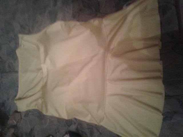 8bc578181 Temos roupas novas e semi novas