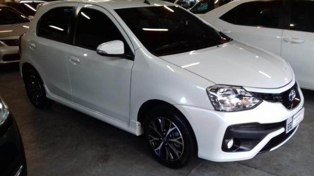 Toyota Etios platinum 1.5 automatico branco 2017/2018 - Foto 3