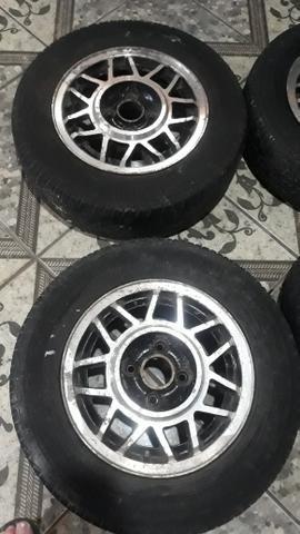 Rodas 13 snowflacke com pneus - Foto 2