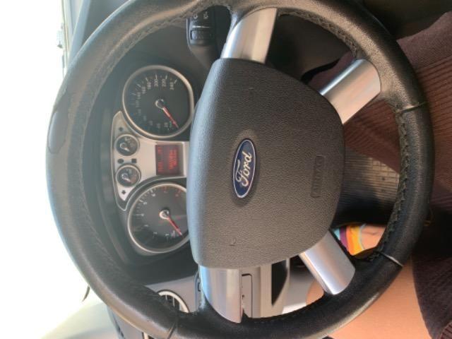 Vendo carro Ford Focus - Foto 4