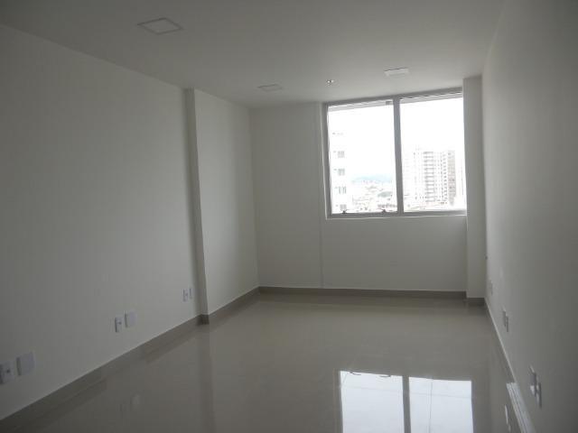 Vendo sala comercial, 22m², localizada em Todos os Santos, frente Norte Shopping - Foto 11