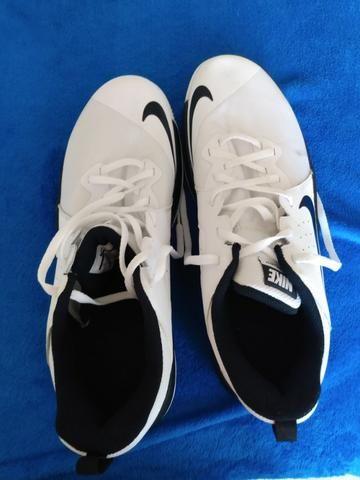 Tenis Nike flybylow tam-43 Original Branco e preto