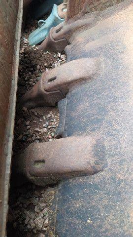 Concha Escavadeira Volvo 460 - 2 un. - #7851 - Foto 4
