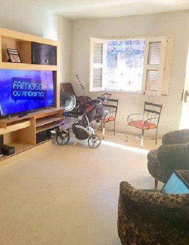 Casa plana com 3 quartos, 2 vagas de garagem, próximo avenida José Leon - Foto 8