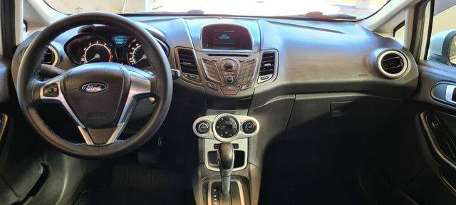 Ford New Fiesta SEL 1.6 Automático vendo troco e financio R$  - Foto 11