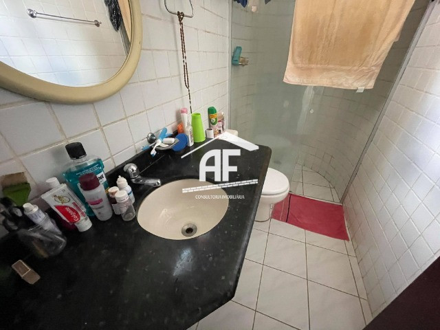 Vendo Excelente Casa no Petrópolis com 180m², 4/4 sendo 3 suítes - ligue já - Foto 17