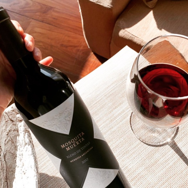 Vinhos Premium Argentinos kit 2 un. Mosquita muerta + Sapo de Otro Pozo. Blend de Tintas - Foto 2