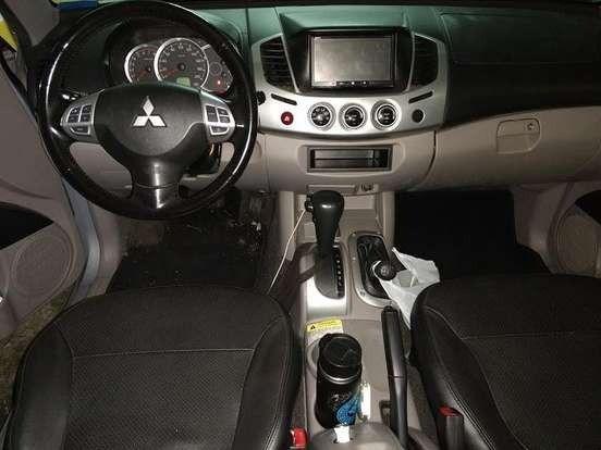 Mitsubishi L200 Triton 3.5 - Foto 8