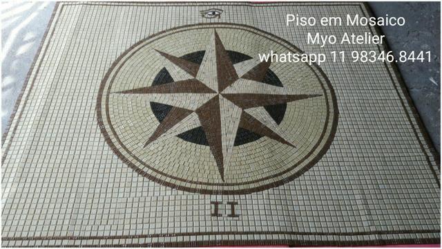 Rosa dos ventos piso mosaico mandala