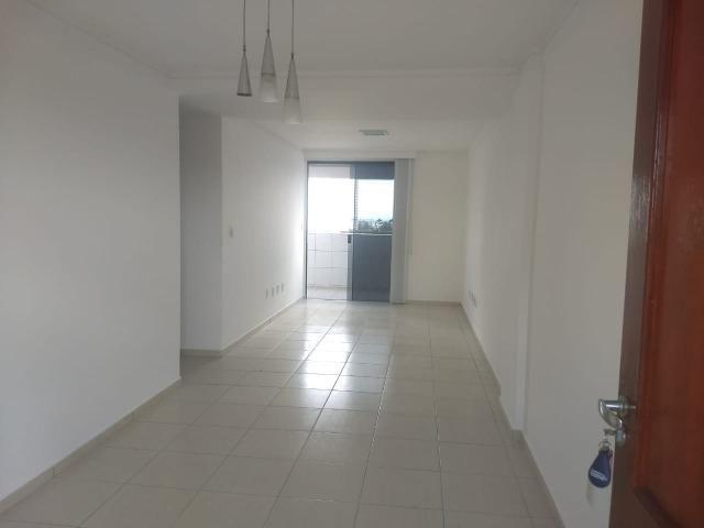 Apartamento 120 m no Catolé , projetado quarto e cozinha , próximo ao Shopping Partage