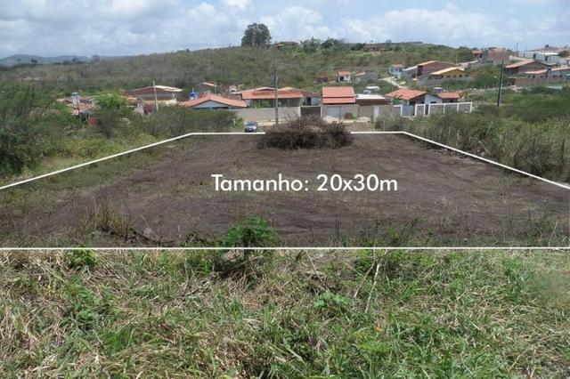 Lote plano, documentado, de 600 m², por apenas 40 mil, em Gravatá. Não aceita troca!