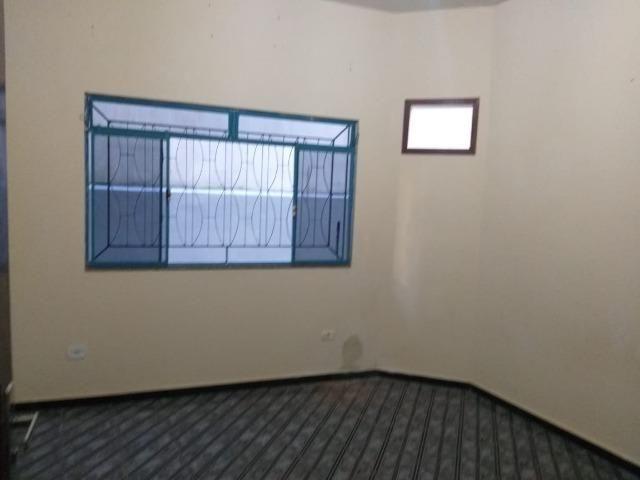 Vendo este prédio de 510 m² com 4 residência no centro do município de Atílio Vivacqu/ES - Foto 3