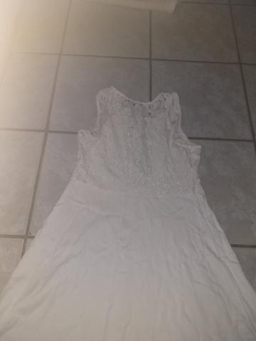 Vestido branco,costas de renda - Foto 2