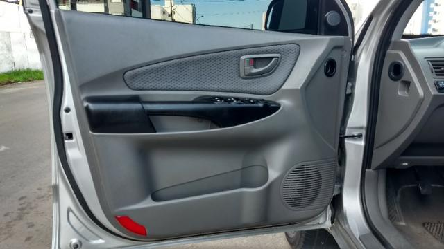 Vendo Hyundai Tucson manual com GNV - Foto 12