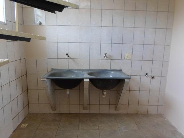 Alugo excelente sobrado 3 quartos condominio Jardim Champagnat - Foto 10