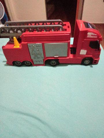 Carro de bombeiro - Foto 6