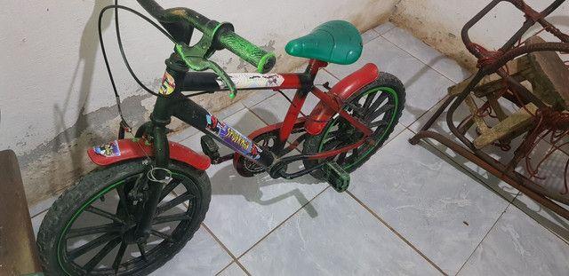 Vendo bicicleta pra criança  - Foto 2