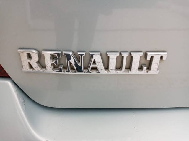 renault sedan 2005 completo 1.0 ( ou troco moto acima 2015 bx km )  - Foto 3