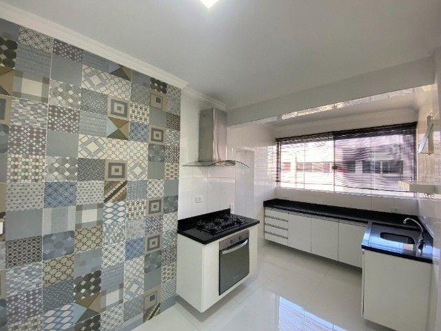 Alugo apartamento no bairro Consil em Cuiabá com 3 dormitórios sendo 1 suíte