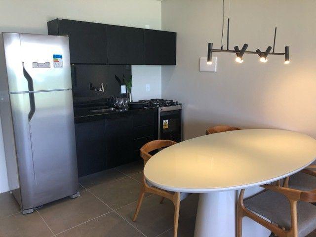 Apartamento Beira Mar com Varanda - Foto 7