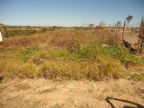 Lindo Terreno de 1000 m² com vista maravilhosa em Porangaba TER 101
