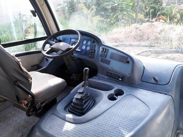 Micro onibus 9150 ano 2006 - Foto 3