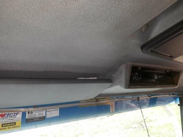Vende-se 58.000 Benz 710 Baú OBS: sem freio a AR - Foto 16