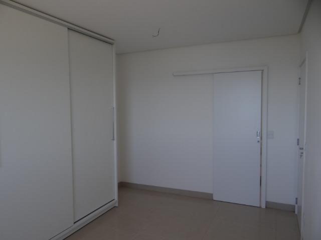 Apartamento de Alto Padrão com 3 Suites na Orla - Foto 18