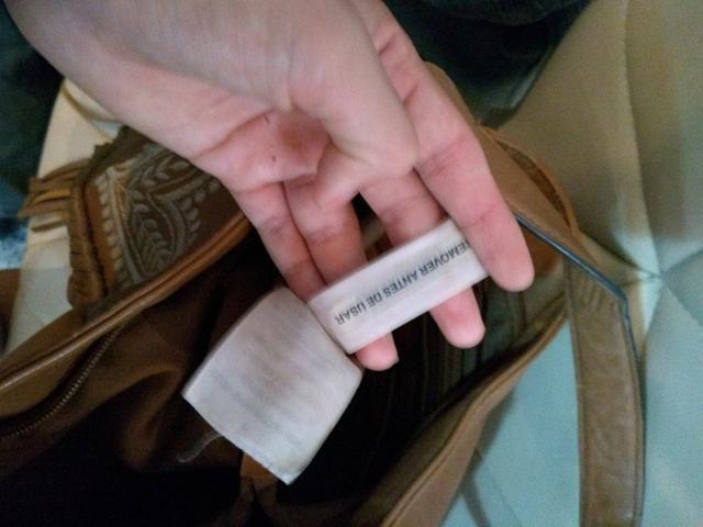 Passo cartão, vendo bolsa de franjas em couro sintético - Foto 4
