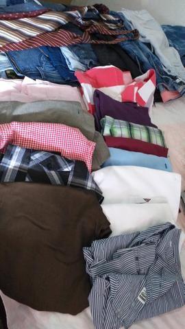 8 calças jeans masculina 15 camisas - Foto 6