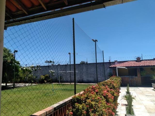Espetacular casa com piscina e campo de futebol próximo as praias - Foto 6