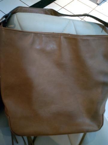 Passo cartão, vendo bolsa de franjas em couro sintético - Foto 2
