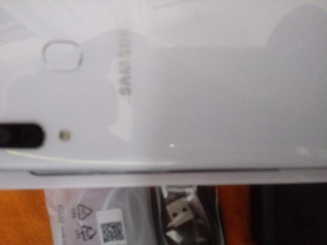 Samsung A30 64 Gb - Foto 2