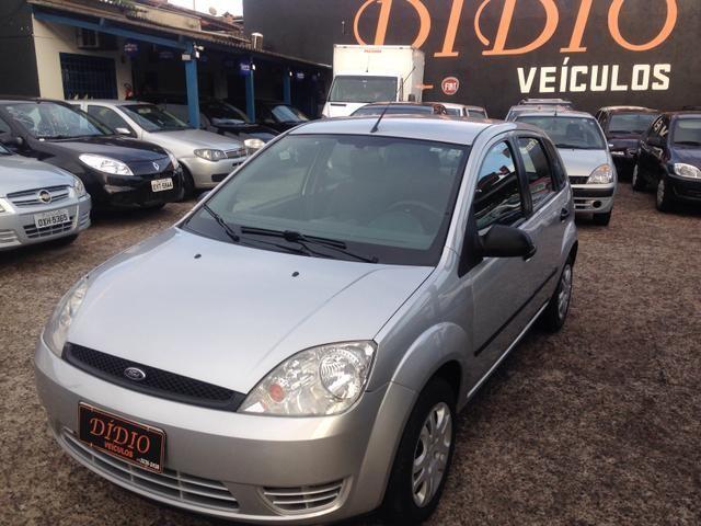 Fiesta Hatch 1.6 M/2005