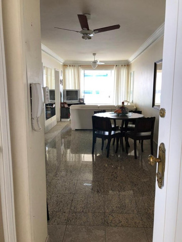 Vendo apartamento com 3 dormitórios em Balneário Camboriú