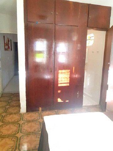 Casa plana com 3 quartos, 2 vagas de garagem, próximo avenida José Leon - Foto 3