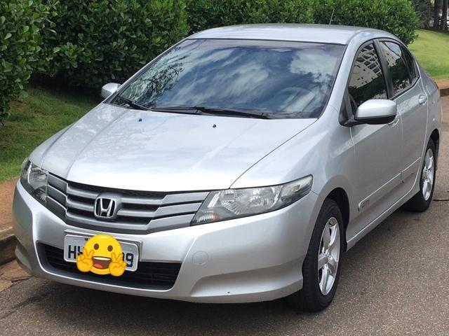 Veículo Honda City DX 2011