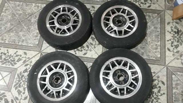 Rodas 13 snowflacke com pneus