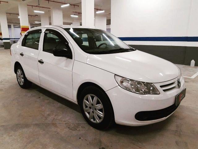 A - Volkswagen Voyage 1.6 - Flex - 2012 - Foto 2
