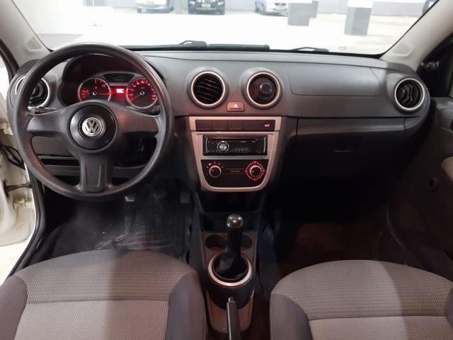 A - Volkswagen Voyage 1.6 - Flex - 2012 - Foto 8